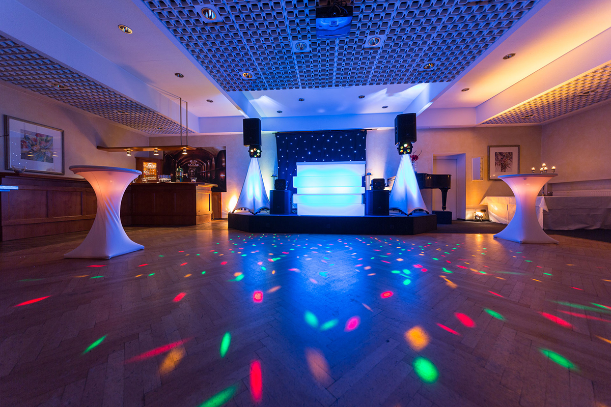 From event venue ideas to reviews